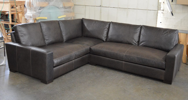 Front Left view of the Braxton Mini L Sectional Sofa in Italian Berkshire Anthracite Leather