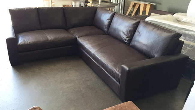 Front Right view of the Braxton Mini L Sectional Sofa in Italian Berkshire Anthracite Leather