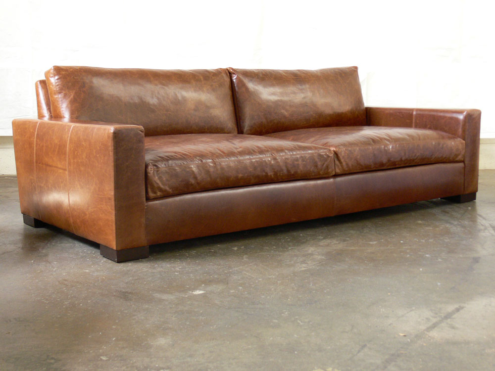 96 Braxton Twin Cushion Leather Sofa In Brompton